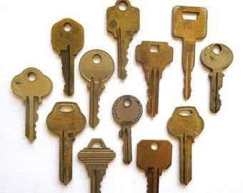12 vintage keys Key collection Vintage keys with writing Blank keys Number keys Cheap keys Keys for stamping Stampable Craft keys BK A1 #1B