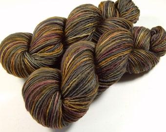 Hand Dyed Yarn - DK Weight Superwash Merino Wool Singles Yarn - Agate - Knitting Yarn, Wool Yarn, Single Ply, Earthy Brown Grey, DIY Gift