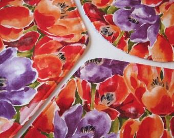 Orange Purple Tulip Wedge Placemats 4 or 6 Reversible Purple Wedge Placemats for a round table Orange Wedge Placemats Spring Tulip Decor