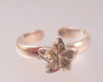 K  Sterling Plumeria Ring Vintage