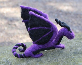 Small Shoulder Dragon, Made to Order! Very lightweight, wearable with invisible shoulder base, you choose the colors!