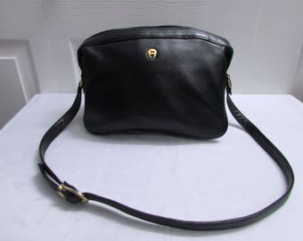 Vintage Etienne Aigner Zip Top Roomy & Many Pockets Black Soft Genuine Leather Shoulder Purse, Etienne Aigner Black Leather Bag