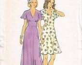 70s Maxi Dress Summer Dress Pattern Butterick 3731 Boho Bridesmaid Dress Pattern Pretty Feminine Flowing Dress Vintage 1970s Sewing Pattern