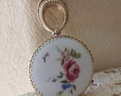 Small Porcelain Limoges Gold Purse Hand Mirror. Petite Round Floral Fancy Filigree Purse Mirror. Victorian Style Travel Mirror