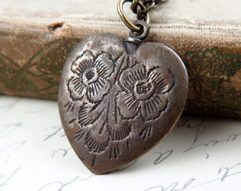 Valentine Heart Necklace, Vintage Heart Necklace, Floral Heart, Valentine Jewelry, David Navarro Jewelry, Heart Jewelry, Upcycled