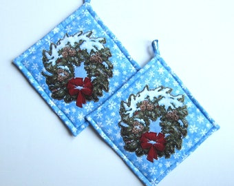 Christmas Greenery Wreath Quilted Pot Holders  on Blue Snowflake Set of Two Handmade CIJ
