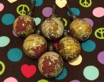 Set of 6 antiqued globe/map wooden knobs