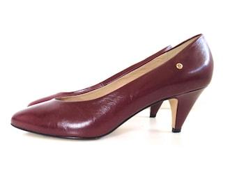 Vintage Etienne Aigner Oxblood Heels // Size 8