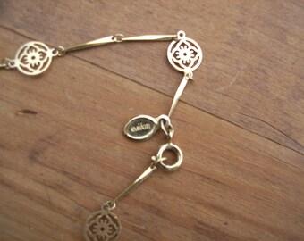 Avon Gold Tone Necklace Pendant Vintage 1980