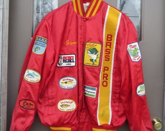 1970S RARE  Men's Bass Pro red  Satin Bomber  Fishing Jacket   10 vintage  fishing lures patches embroidered  CARNES San Diego  sz large