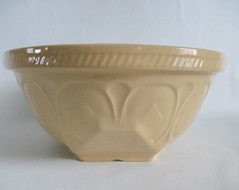 """Large 12"""" 9s T G Green Gripstand Yellow Ware Mixing Bowl Vintage"""