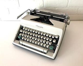 Vintage Olympia SM-9 Manual Typewriter - Willmar - Professionally Serviced