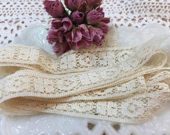 Cream Lace Trim Ribbon- 2 yards (1)