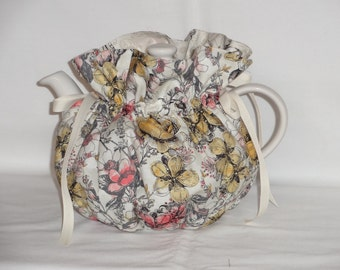 Pretty Floral Reversible  6 Cup Teapot Cozy
