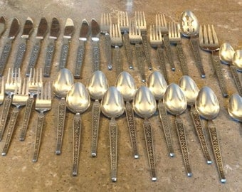 Mid Century Cordova by Riviera Stainless Japan Flatware Black Textured Accents 50 Piece Set