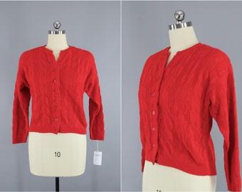 Vintage 1970s Cardigan Sweater / Red Knitted Sweater / British Vogue / Size Medium M