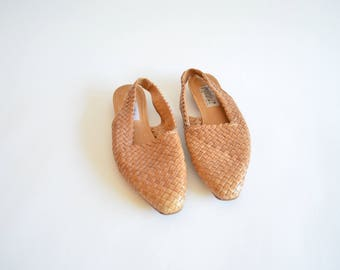 Vintage WOVEN leather mules / 8