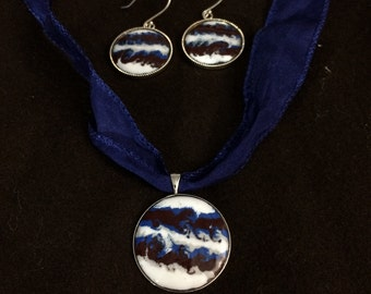 Red & Blue Gas Giant Necklace and Earrings set