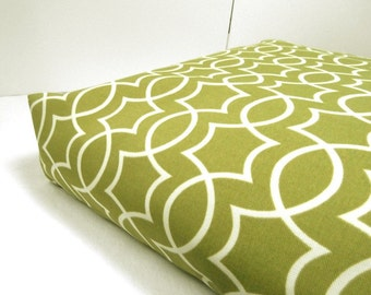 Dog Bed Cover  Crate Indoor/ Outdoor Apple Green/White 27 x 36