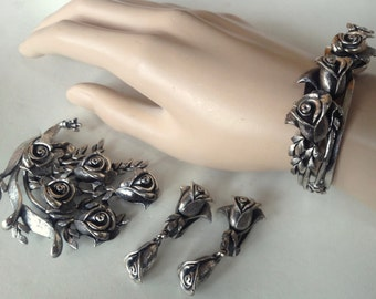 Tortolani Roses Parure – Silver Tone Rose Jewelry 1960s