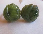 Vintage Avon Plastic Green Jade Clip On Earrings