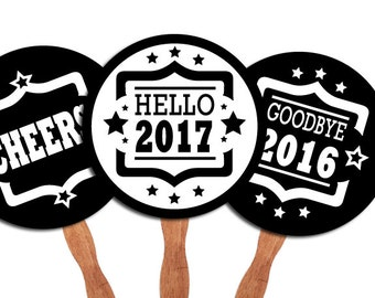 D.I.Y. Printable photo booth props: New Years Eve Party 2017