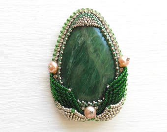 Beaded Pin Brooch Seraphinite Pearl Green Beadwork Stone Bead Embroidered