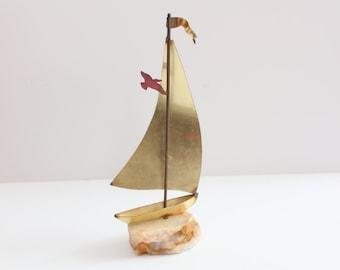 Vintage 60s Brass Sail Boat on Onyx Base // small mid century figurine
