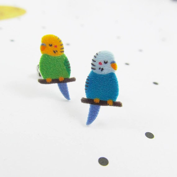 parakeet, budgerigar, two different, domestic bird, earring, plastic,  stainless stud, handmade, les perles rares