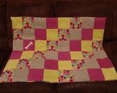 Medium fleece dog blanket - hearts and polka dots