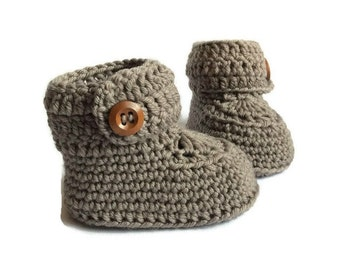 Short Button Cuff Baby Booties in Brown Merino Wool