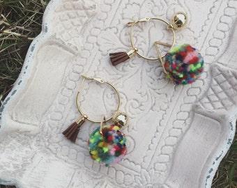 0004 Color wool ball earrings