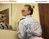On SALE 40% Off - Vintage 80s LA Gear Pink Cropped Light Wash Denim Jean Jacket  -  1980s Vintage Crop Jacket  -  Vintage  Jean Jackets  - W