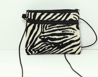Ellen Walletpurse in Zebra Stripes