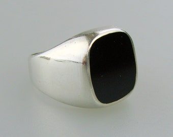Sterling Silver Onyx Ring Size 7 3/4