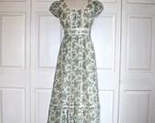 1970s CANDI JONES Peasant Dress . Vintage 70s Gunne Sax Style Long Maxi Floral Calico Print Boho Hippie Renaissance Dress . Sz 2