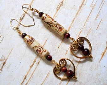 Brown and Ivory Scrolled Heart Earrings (3475)