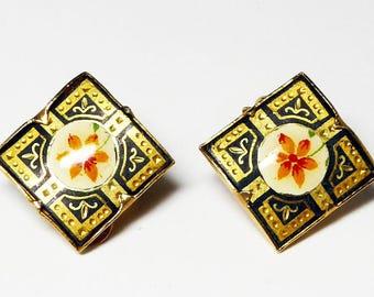 Square Damascene Earrings - Orange Enamel Flower Clip ons - Vintage 1970s 1980s - Gold Tone & Black