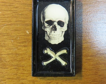 Skull Bones Glass Pendant Necklace, Macabre Necklace, Skeleton Necklace, Skull Necklace
