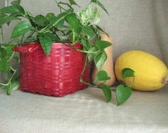 Rustic Red Farmers Market Produce Basket / Rustic Wedding or Home Decor / Apple Red Basket for Storage and Organization