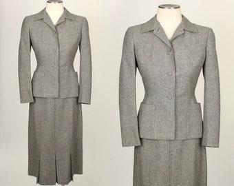 vintage ladies suit 1940s • nipped waist • flecked gray wool TWEED