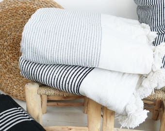 Moroccan Blanket POM POM Cotton - Grey stripes