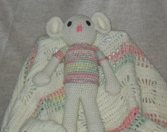 Baby Blanket with Mouse Rattle