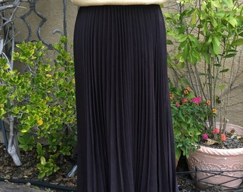 Vintage 1980s 1990s brown pleated designer Escada maxi skirt size S