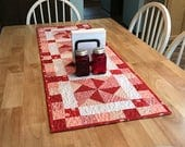 Quilted Table Runner Pattern - Table Runner epattern - Table Topper - Peppermint Pinwheels - Kitchen Sewing - Kitchen Quilting - Quilt PDF