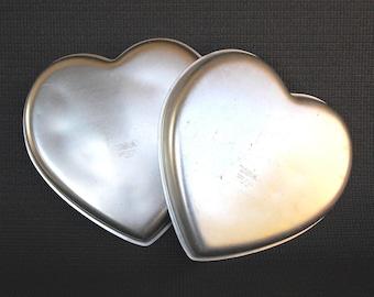 Set of 2 circa 1971 Vintage WILTON Aluminum Heart Shaped Cake Pans Wilton 502-951 Heart Pans