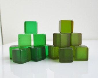 """15 Vintage Green Bakelite 1/2"""" Cubes - Translucent"""