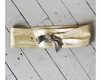 Gold Leather Bow Belt • Vintage Belt • 80s Belt • Corset Belt • Wide Belt • Gold Belt • Metal Belt • Cinch Belt  | BT186
