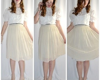 Vintage Ivory Silk Full Skirt With Ruched Waist and  Rows of Delicate Open Work Sz L