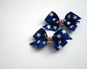 Small Patriotic bow set perfect for 4th of July - Red, white and Blue - Stars and Stripes